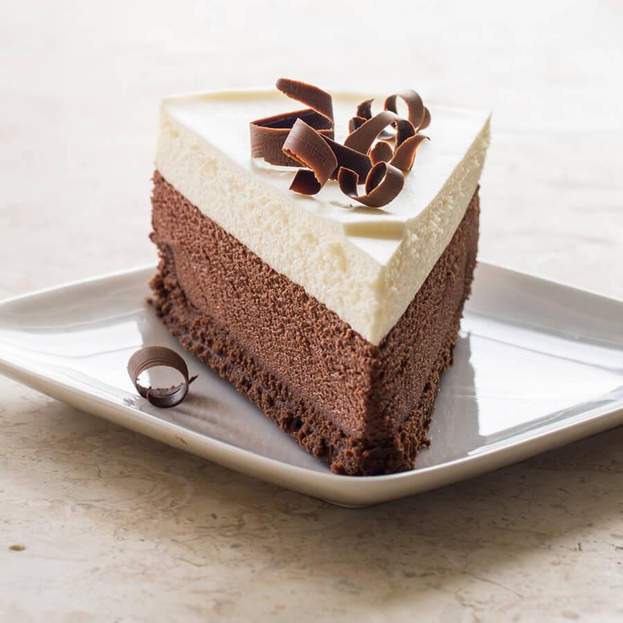 Torta mousse ai 3 cioccolati, perfetta per la glassa a ...